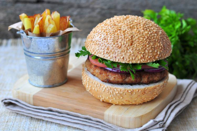 Passos simples para preparar hambúrguer