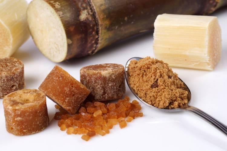 Cristalização e trituração do açúcar mascavo