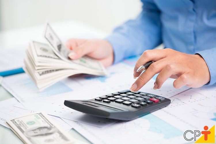 Contando dinheiro - matemática - imagem meramente ilustrativa