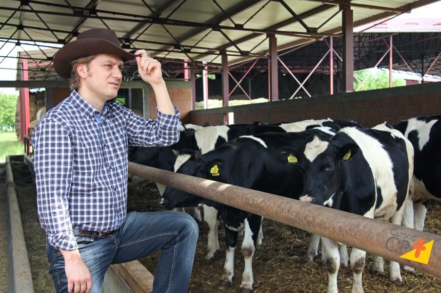 Pedilúvio e Casqueamento: 2 soluções para afecções em cascos bovinos    CPT