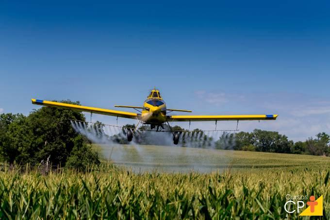 Vantagens da pulverização aérea na agricultura