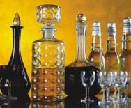 A indústria caseira de licores e xaropes adquire importância cada vez maior por causa do crescente interesse  por produtos naturais,