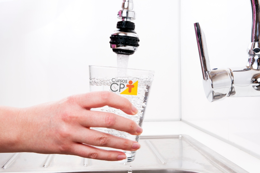 Água utilizada nas indústrias de alimentos deve receber tratamento de desinfecção prévio