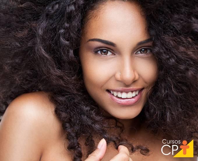 Segredos para deixar os cabelos lindos no verão