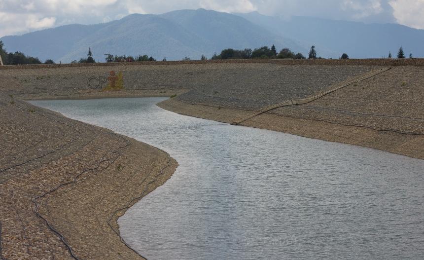 Precisando esvaziar uma barragem de terra? Conheça o desarenador   Artigos CPT