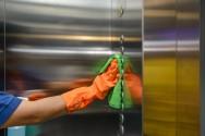 Covid-19: dicas para limpar elevadores corretamente