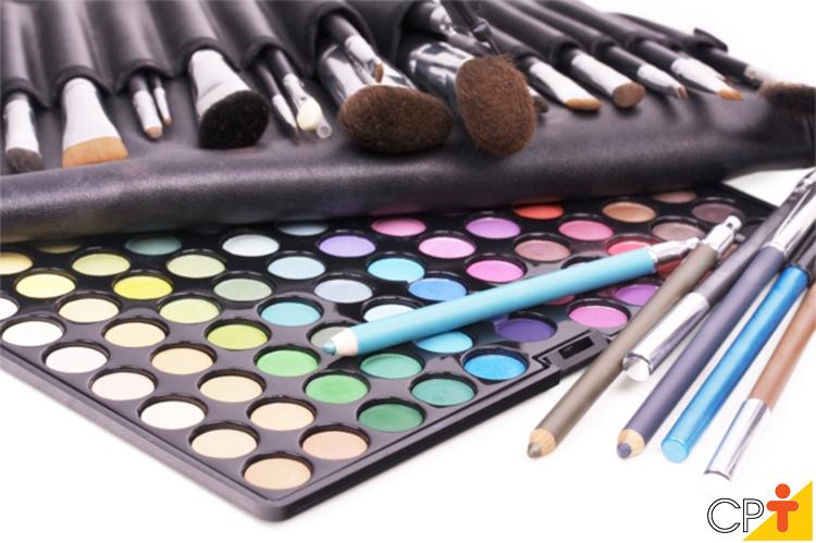 Maquiagem - imagem ilustrativa