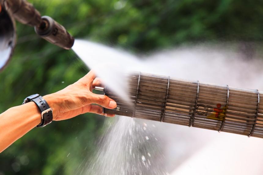 Aparelhos de ar-condicionado: passo a passo para a limpeza dos filtros   Artigos CPT