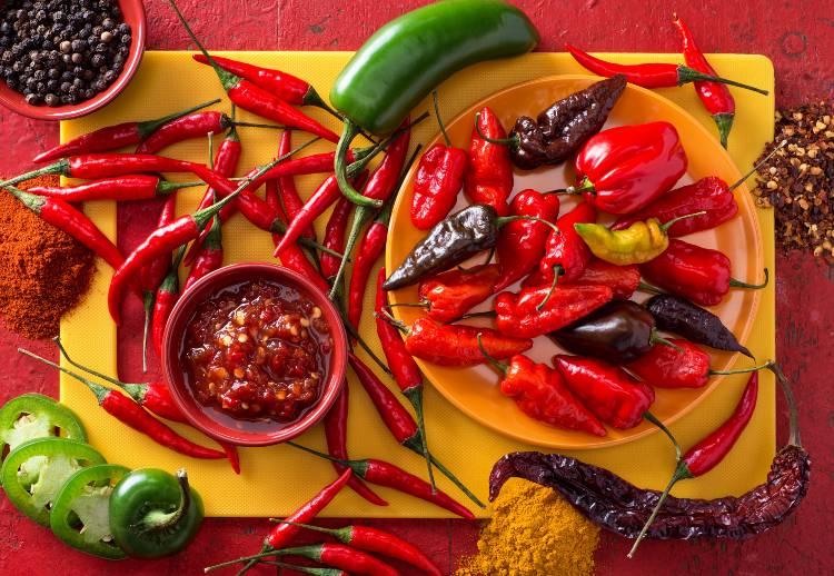 Quais os usos das pimentas mais populares no Brasil?