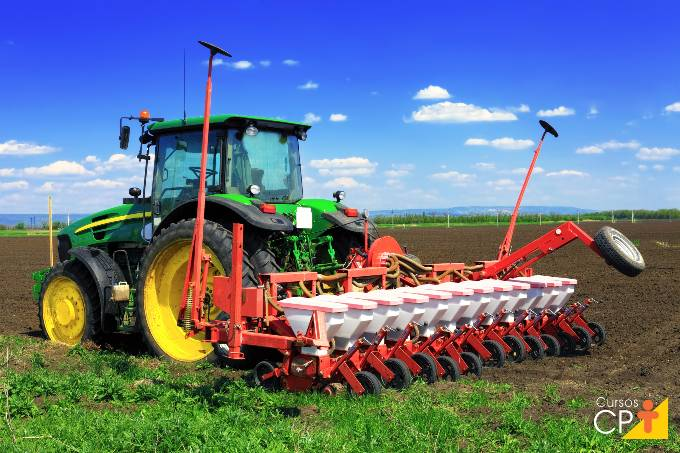 Quais os tipos de implementos agrícolas mais comuns?