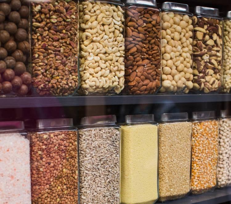 Quais os equipamentos necessários para montar uma loja de produtos naturais?