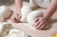 Quais as principais matérias-primas para a fabricação caseira de pães?