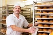 Quais fatores garantem a segurança na fabricação de alimentos?