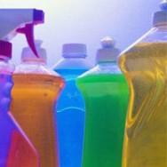 Com o avanço das produções químicas, hoje a receita  de detergente é simples e de rápida preparação.