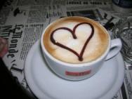 O café é a bebida mais consumida no mundo.