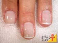 Capacitação de manicure e pedicure - unha à francesinha