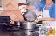 Utilizar o limão para cortar a baba do quiabo é uma importante dica