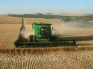 Aprenda Fácil Editora: Venda de máquinas e equipamentos cresce com a agricultura