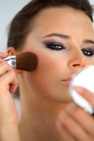 Maquiagem: limpeza dos pincéis