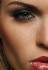 Maquiagem: cuidados com a pele oleosa