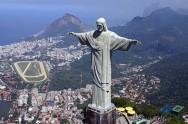 ONU distribui passaportes verdes para turistas no Rio