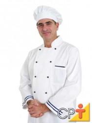 Os manipuladores de alimentos devem sempre manter os cabelos totalmente protegidos por toucas ou redes