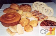 Acredita-se que os primeiros pães fossem feitos de farinha misturada ao fruto do carvalho.