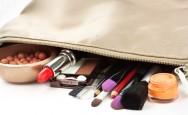 Como montar seu nécessaire de maquiagem