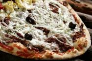 Prepare uma pizza de carne seca