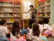 Contação de histórias estimula hábito de leitura, criatividade e espírito crítico