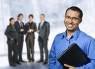 Corretores de imóveis: dicas sobre a habilitação e o comportamento profissional
