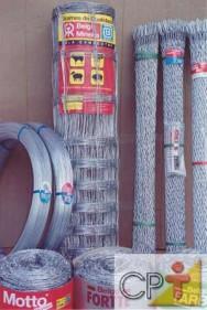 Construção de cercas: arames