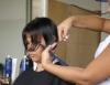 Façanhas da mulher moderna no corte de cabelo