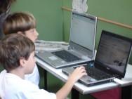 Mídias na educação: uma tecnologia que encanta e ensina
