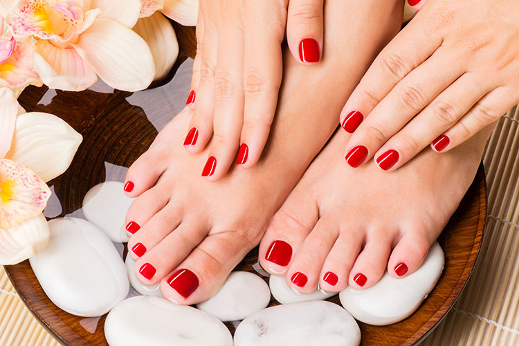 Dicas para a realização profissional como manicure e pedicure - Artigos Cursos CPT