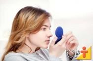 O uso de produtos não indicados para seu tipo de pele, podem deixar a pele oleosa.