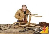 Fabricação de móveis em série: treinamento do marceneiro