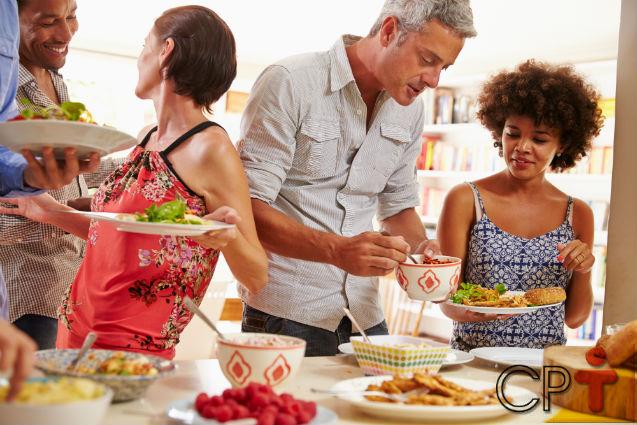 Organização de eventos: como receber em casa   Artigos Cursos CPT