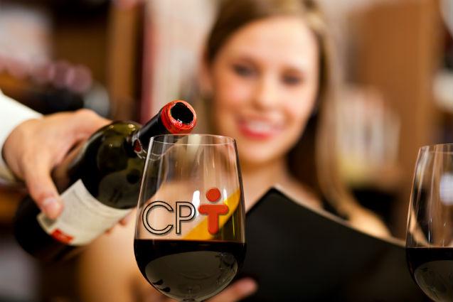 Especial de fim de ano: Como servir champanhe e vinho?   Cursos CPT