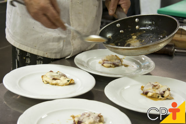 Segurança alimentar:  contaminação dos alimentos    Artigos Cursos CPT