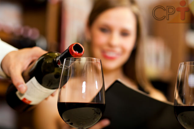 Especial Festas: quantidade correta de bebida a servir   Dicas Cursos CPT