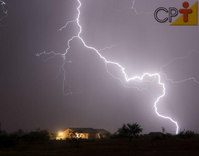 Proteção contra raios na fazenda   Artigos Cursos CPT