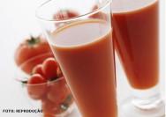 Processamento caseiro do tomate como forma de aproveitar o excedente da produção e os frutos que não deram classificação para o mercado