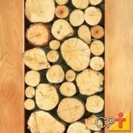 A madeira maciça tem a beleza das diferentes formas e colorações de suas fibras