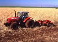 Aprenda Fácil Editora: Setor de máquinas agrícolas teve desempenho histórico em 2012