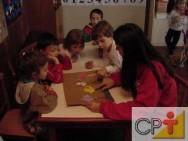 Confecção de brinquedos pedagógicos: fichas de gravura para imitação