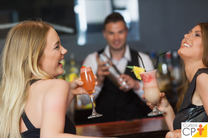 Profissão Barman: uma atividade muito procurada no mercado de trabalho   Artigos CPT