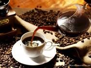 Café - uma bebida popular, estimulante e que aguça a capacidade intelectual