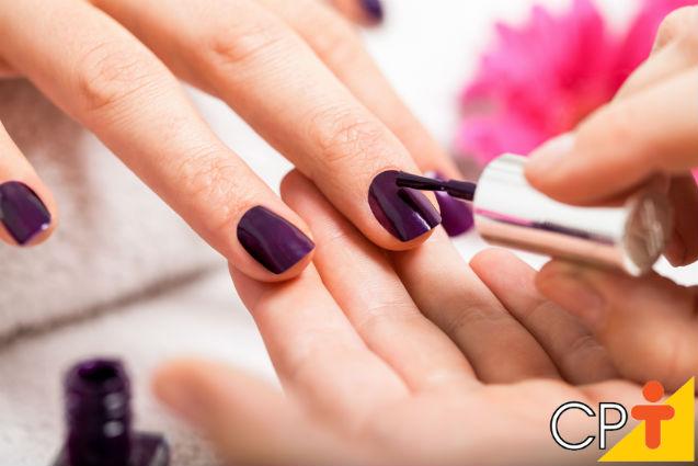 Manicure e pedicure - dicas para ser a melhor profissional do mercado    Artigos Cursos CPT