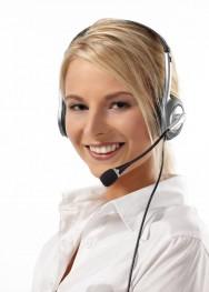 A teleoperadora deve mostrar entusiasmo e alegria ao conversar com os clientes